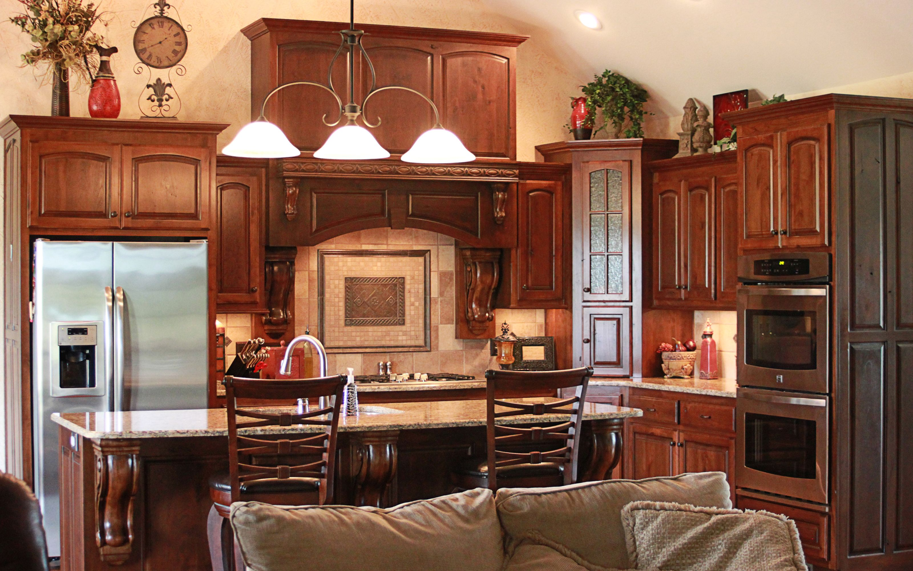 Pin By Cabinets Plus On Rustic Cherry Cabinets Rustic Cherry Cabinets Kitchen Cabinets Granite Cherry Kitchen