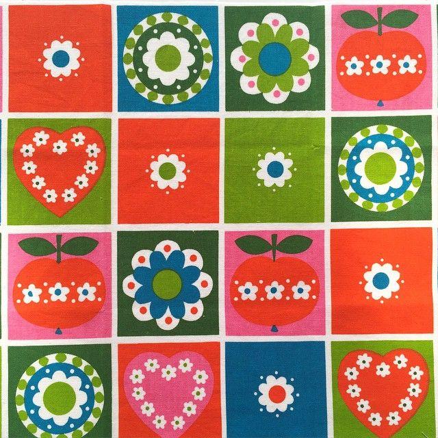 Dekoplus fabric from Alice Apple's collection via @zoepower