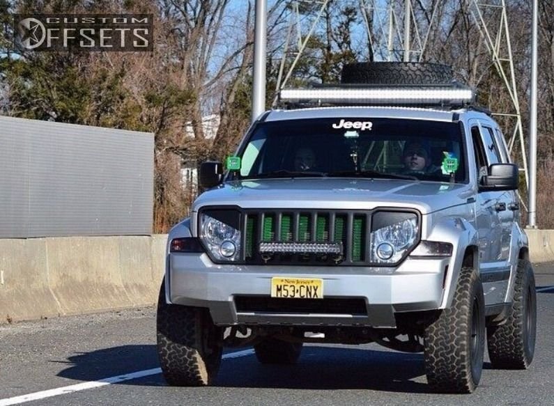 Lifted Jeep Liberty With Rims Jeep Liberty Aggressive 1