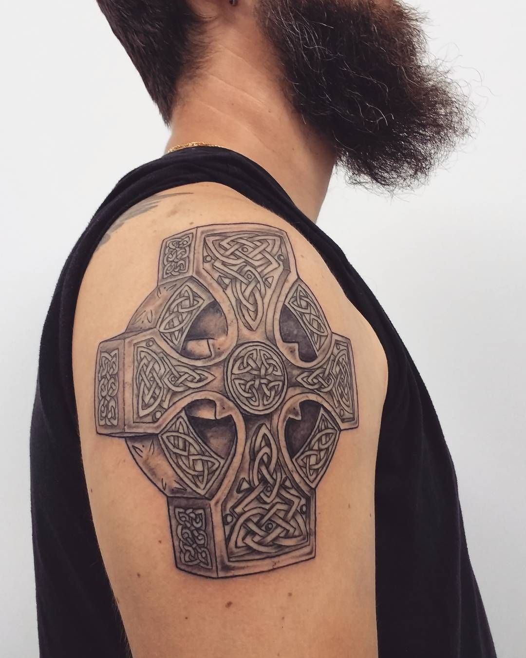 cool 70 Traditional Celtic Cross Tattoo Designs -  A Visual Representation of Faith and Heritage Check more at http://stylemann.com/best-celtic-cross-tattoo-designs/