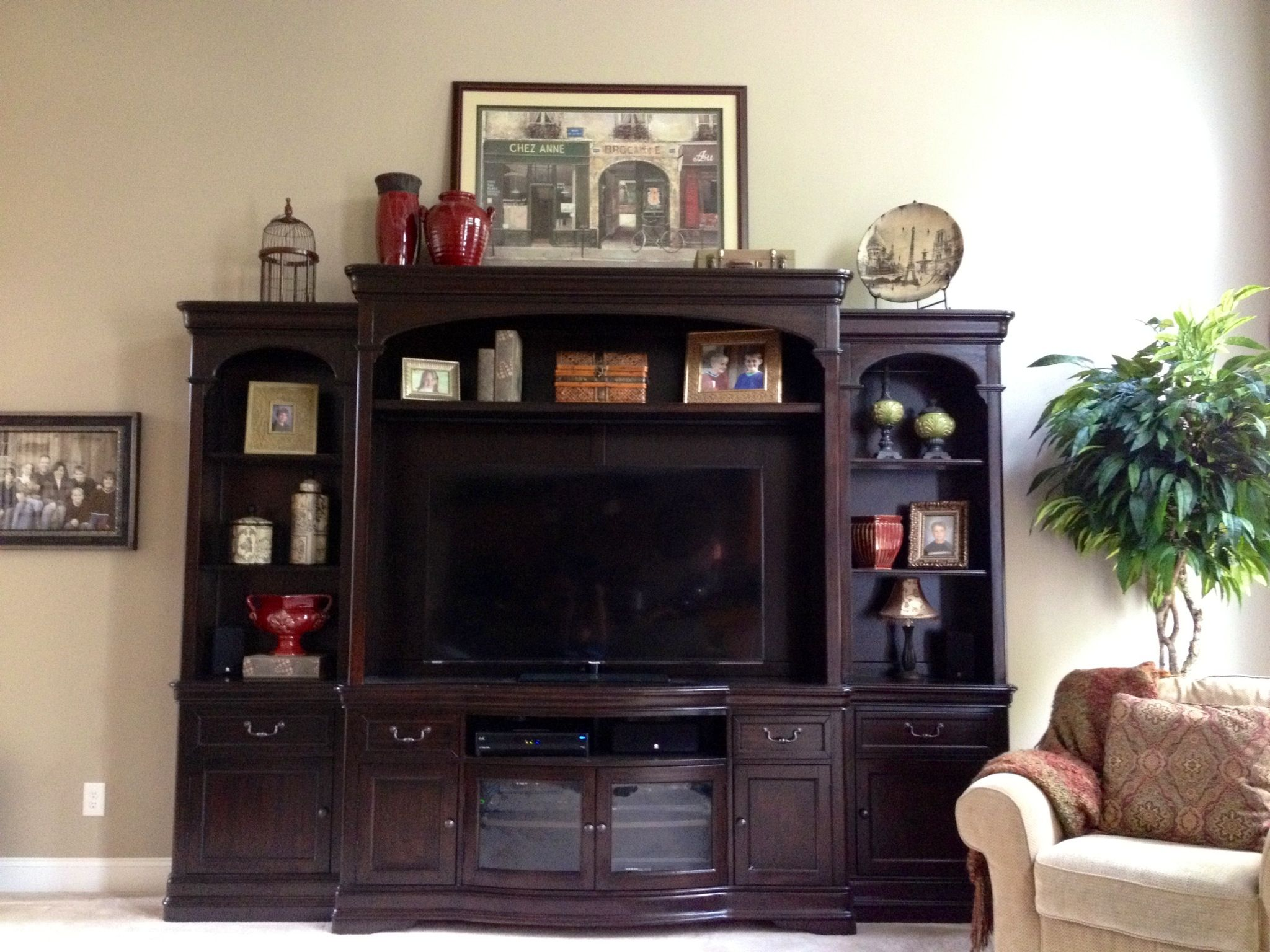 Pin By Julie Mcintyre On Family Room Living Room Entertainment