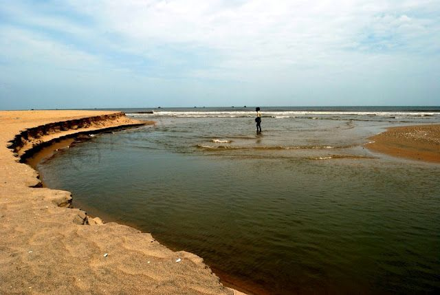 Where cauvery river meets the ocean.... http://travellerspeaks.blogspot.in/2012/05/skywatch-friday-where-they-meet.html