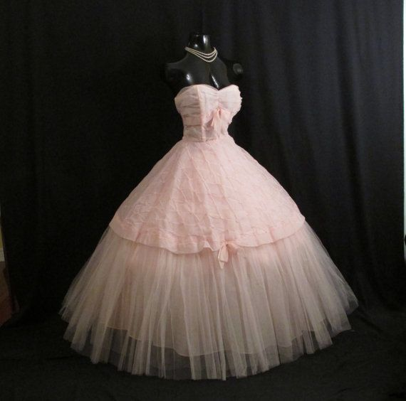 Vintage 1950's 50s Bombshell STRAPLESS Pink Embroidered