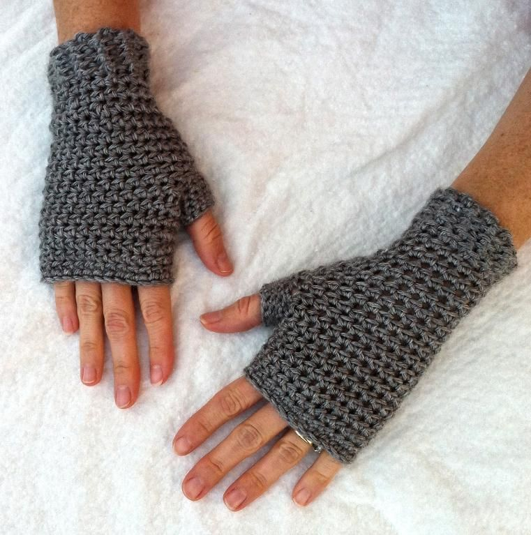One-Hour or Less Fingerless Mitts via Craftsy