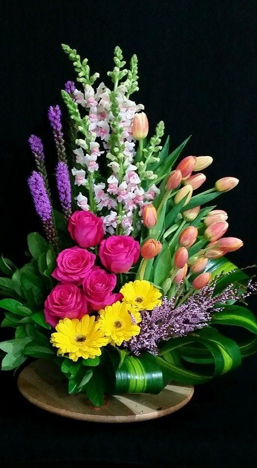 Beautiful arrangement #beautifulflowersarrangements