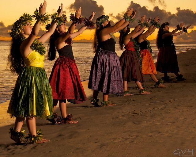 The Hawaiian Hula Dance 10 Facts You May Not Already Know Hula Dancers Hawaiian Hula Dance Hula Dance