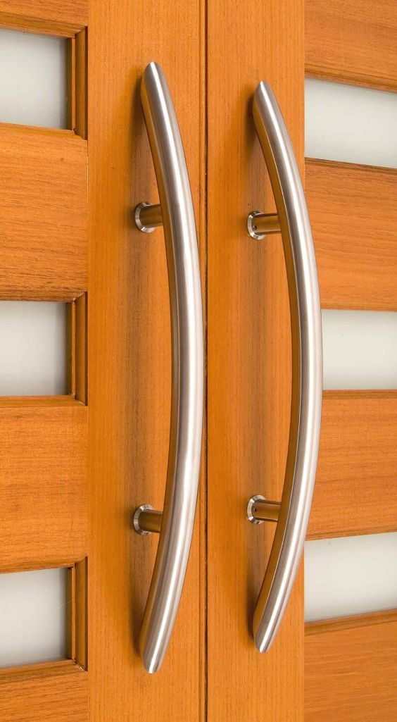The Elegant Curved Design Of The Arch Front Pull Door Handle Makes It Ideal For Your Contem Door Handle Design Stainless Steel Door Handles Door Handles Modern