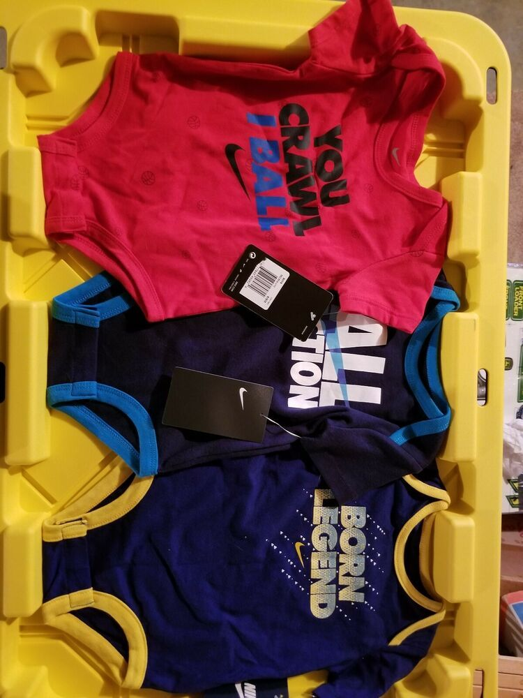 New NIKE Boys Boysuit Lot Size: 6-9 Month 3 Pieces Total