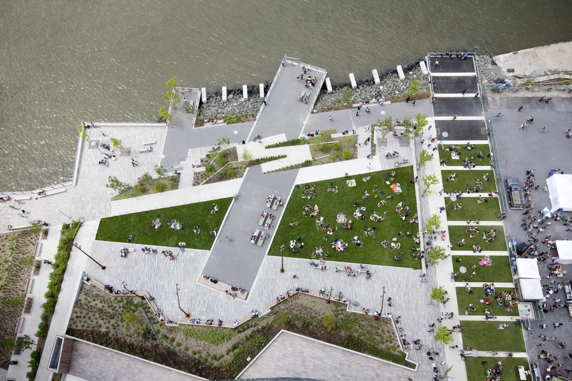 The Edge Park By W Architecture In Brooklyn Ny Landscape Architecture Park Landscape Design Landscape Architecture