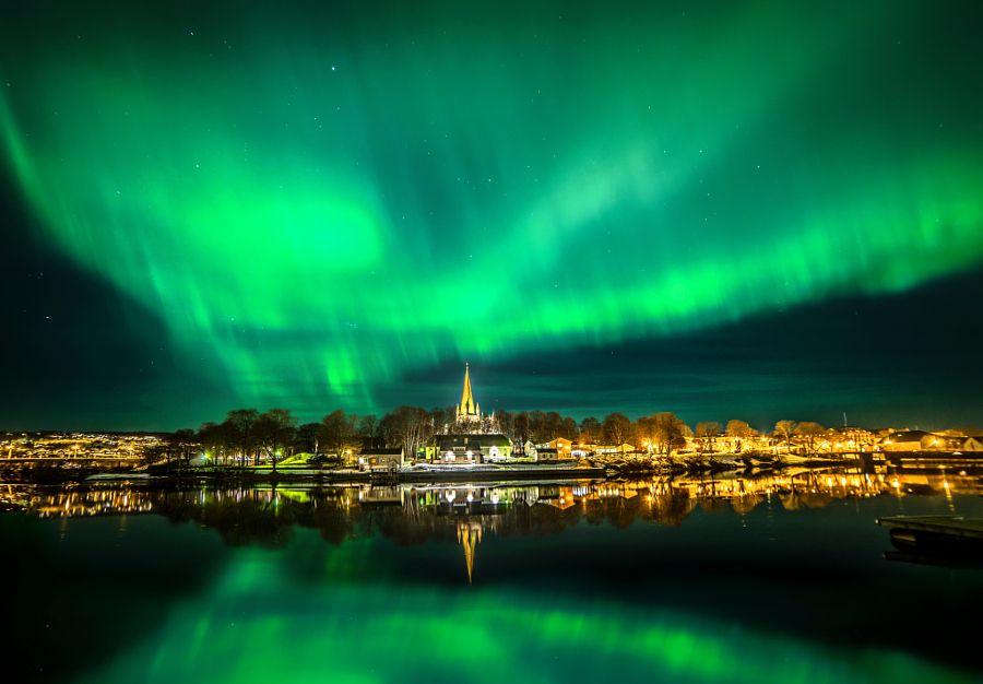 ***Vivid Northern light over Nidarosdomen Trondheim by Aziz Nasuti (Norway)