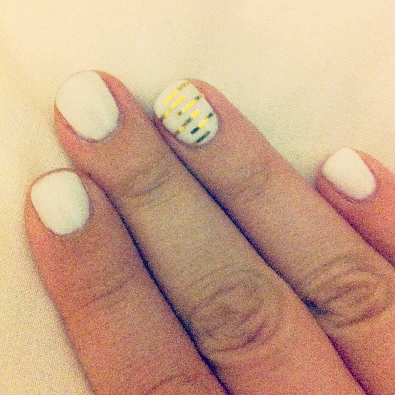 Aztec index finger design | Nail designs | Pinterest ...