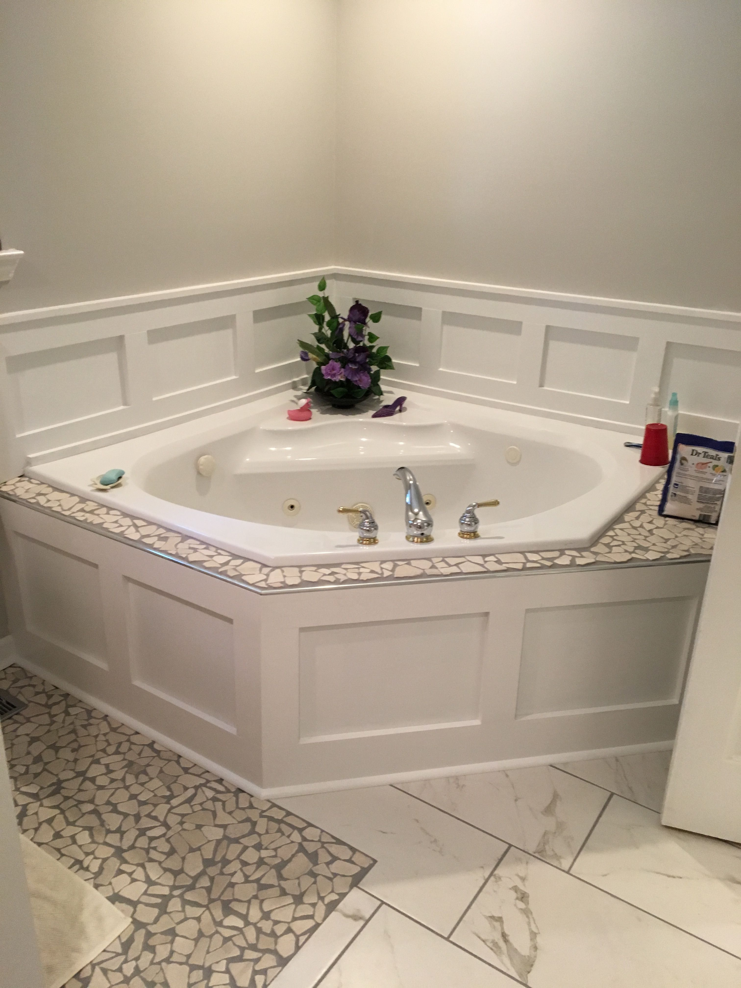 Wainscoting Around Garden Tub Cheap Fix For Broken Outdated Tile Tub Remodel Small Bathroom Garden Tub