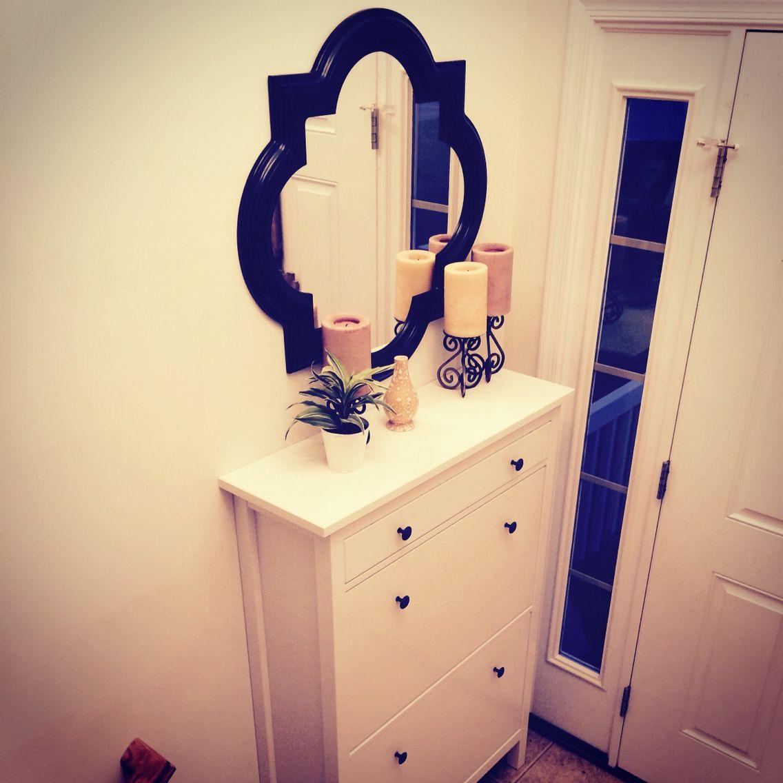 Super cute small bi-level split-level entryway!!! #IKEA #HOBBYLOBBY ...