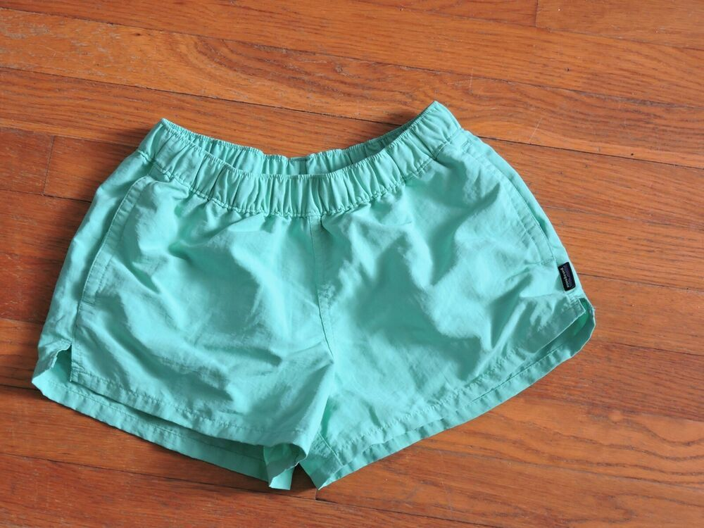 Patagonia Women Green Barely Baggies Shorts Size Xs Patagonia Baggy Women S Green Shorts Gym Shorts Womens Cotton Cropped Pants