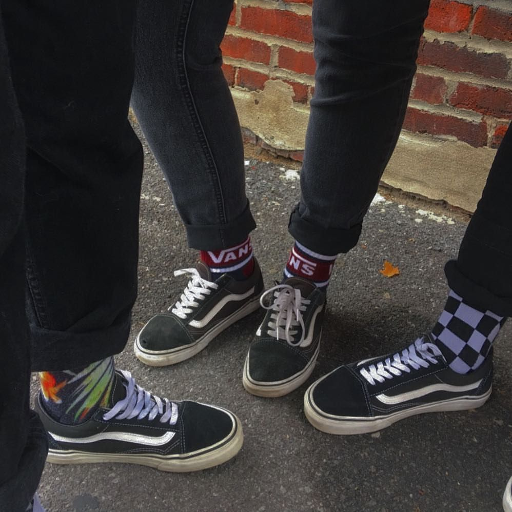 7441757d5da0 CREW SOCKS 🧦🔥🥀 (via  kayhomes ) 〰 . . .  grunge  aesthetic  skater   skatergirl  grungeaesthetic  grungeoutfit  grungefashion  grungegirl…