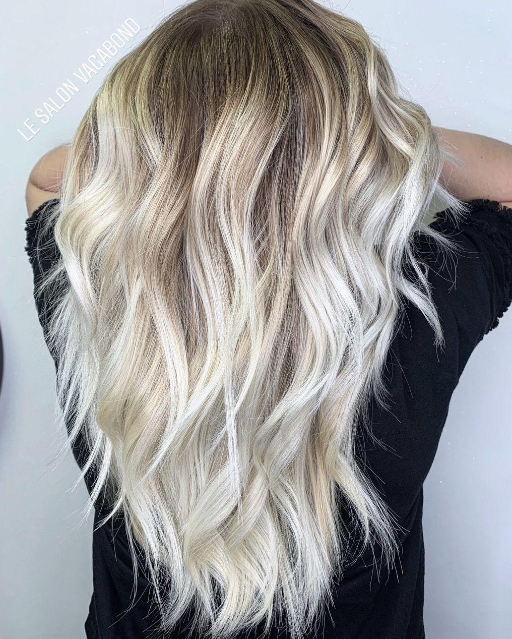 Balayage Blond Polaire Idees Cheveux Blonds Cheveux Blonds Blancs Couleur Cheveux Tendance