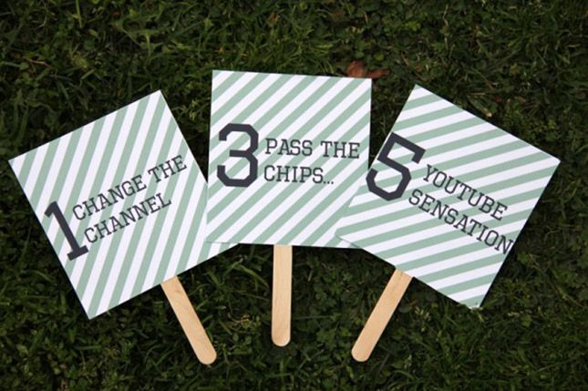 Save this printable Super Bowl DIY to make rating signs for the commercials.