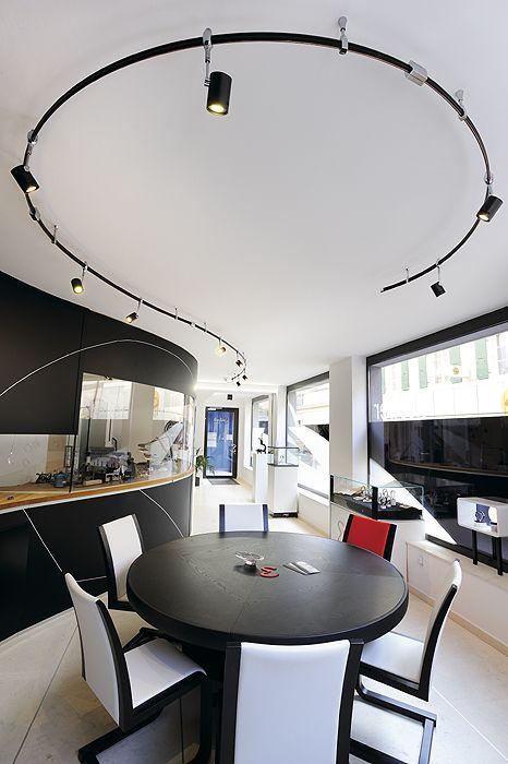 curved track lighting living room