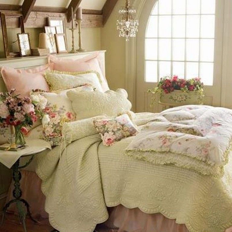 37 Beautiful Feminine Bedroom Decor Ideas | Shabby chic ...