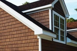 Shake Siding 1st Choice Home Solutions Roofing In London Shingle House House Exterior Shake Siding