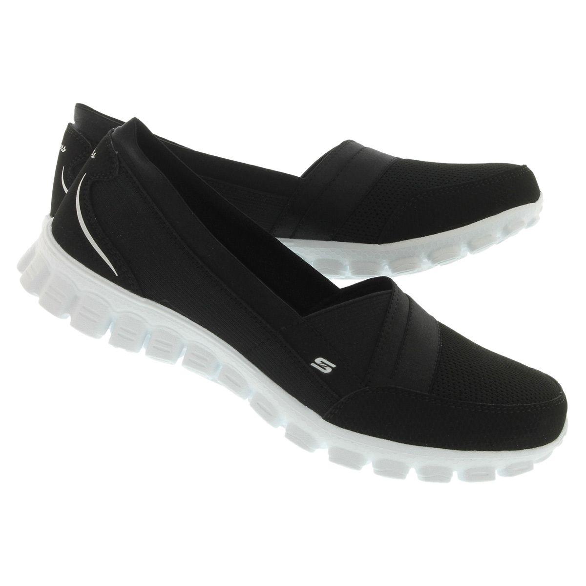 skechers women's quipster black walking shoe
