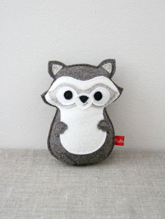 Raccoon felt toy plush forest animal PDF pattern sewing por Plushka ...