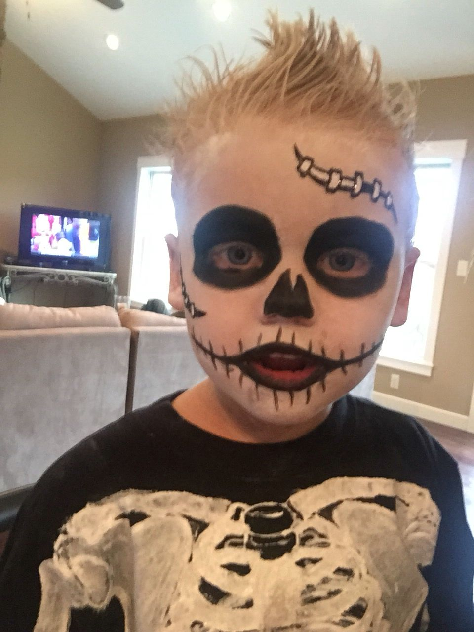 Kid S Skeleton Makeup Hair Maquillaje Halloween Ninos Calavera Pintar Cara Halloween Ninos Maquillaje Halloween Facil Ninos