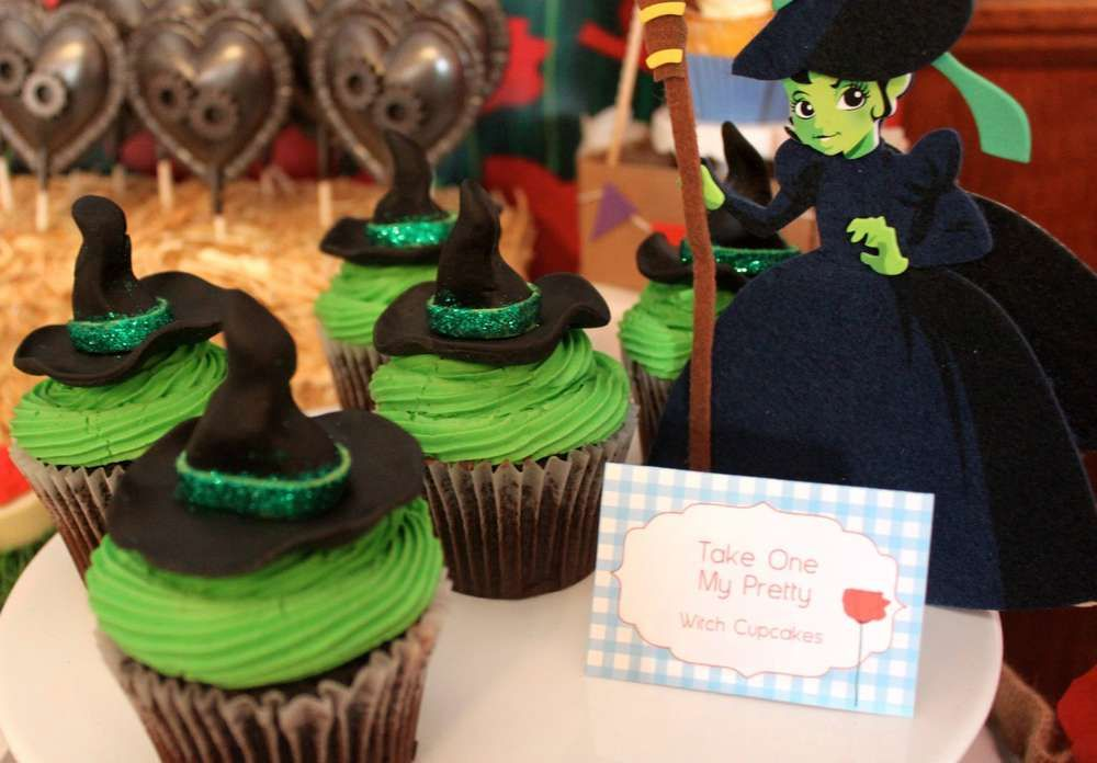 Wizard of Oz Baby Shower Party Ideas | Photo 1 of 36