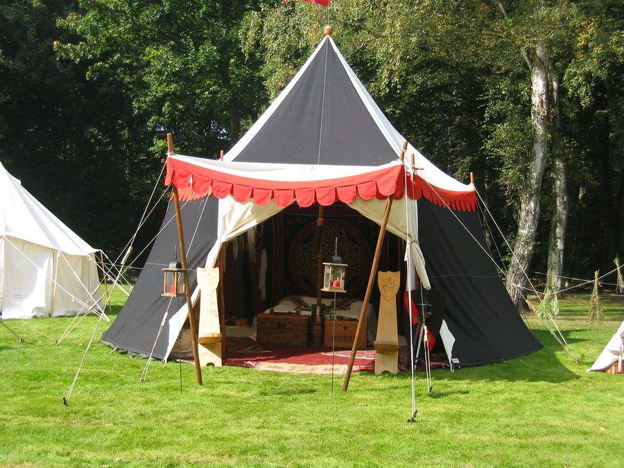 http://fc03.deviantart.net/fs71/i/2012/227/3/6/medieval_tent_by_kroenen1488-d5b7opl.jpg