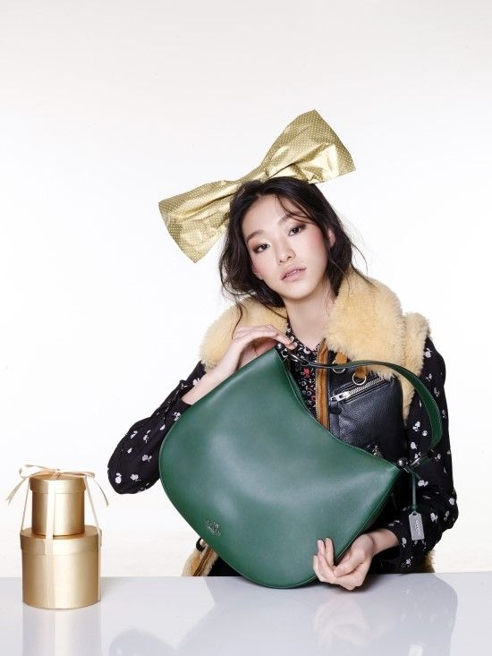 Kim Seol Hee by Jung Ki Rock for Singles Korea Dec 2015