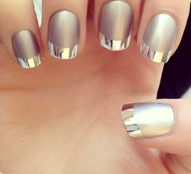 Uñas efecto espejo – última tendencia de moda en decoración de uñas