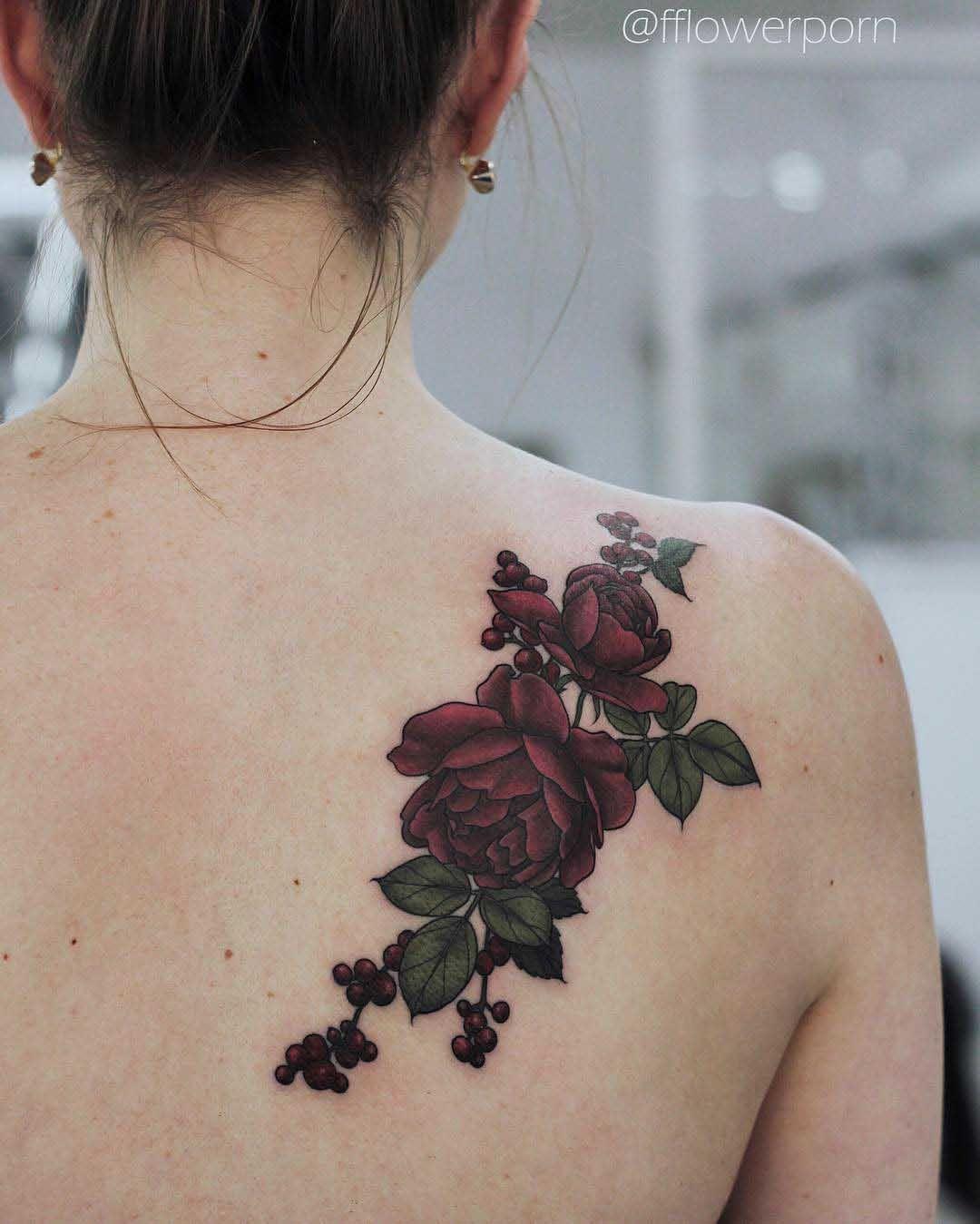 Rose Tattoo On Back Shoulder Best Tattoo Ideas Gallery Tatuajes De Rosas Rojas Tatuajes Cuello Tatuajes De Flor En El Hombro