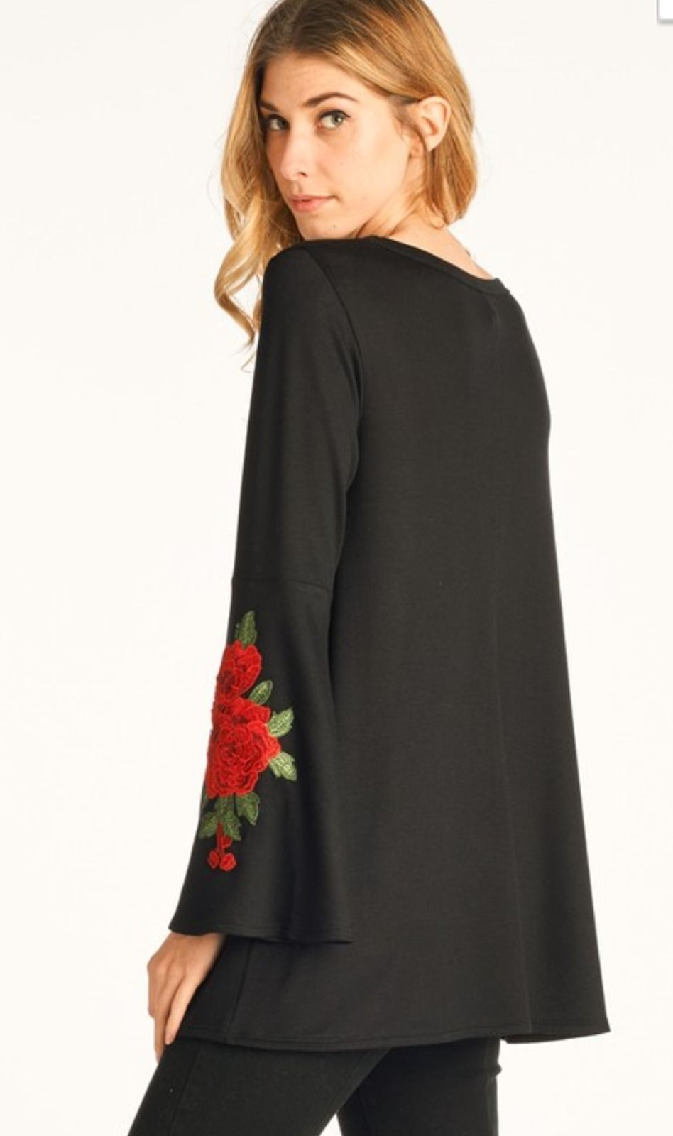Cowgirl gypsy boho red rose applique bell sleeve black tunic top