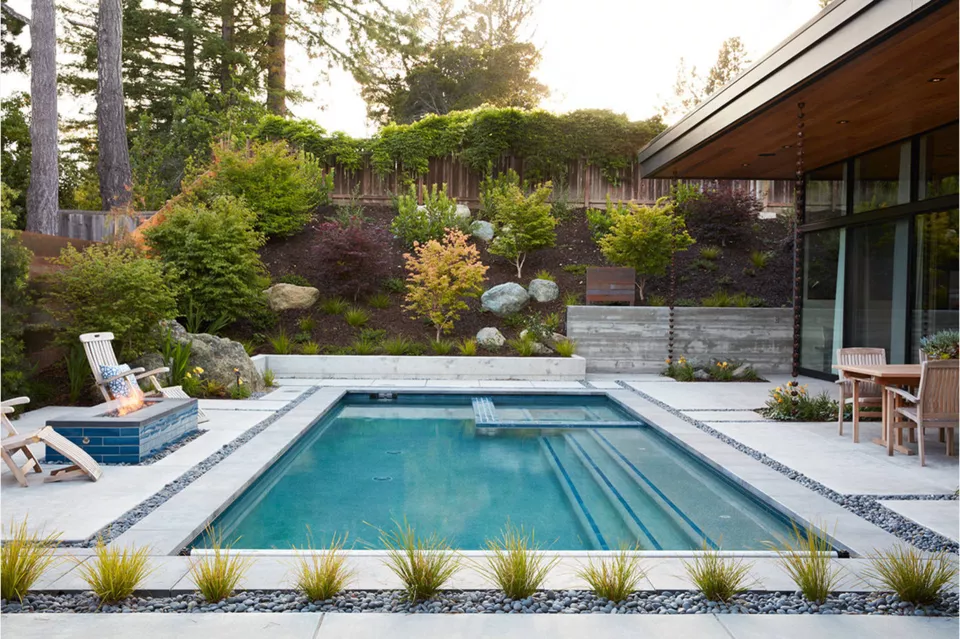 11 garden design Modern pool ideas