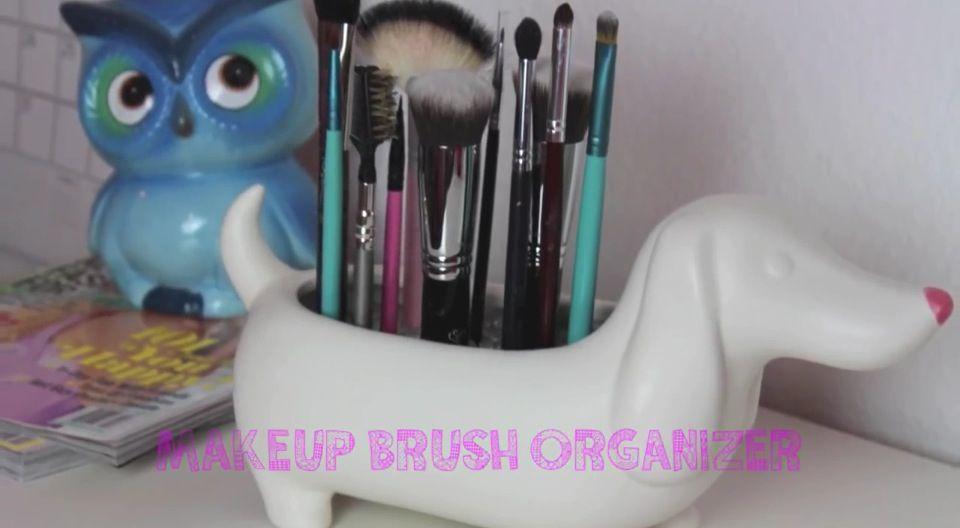 Makeup Brush Organizer by Bethany Mota DIY Pinterest Makeup