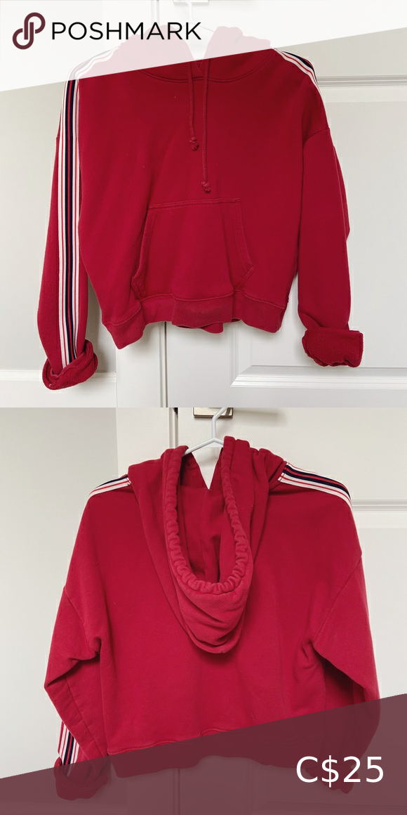 Aritzia  TNA XS cropped red stripped pullover