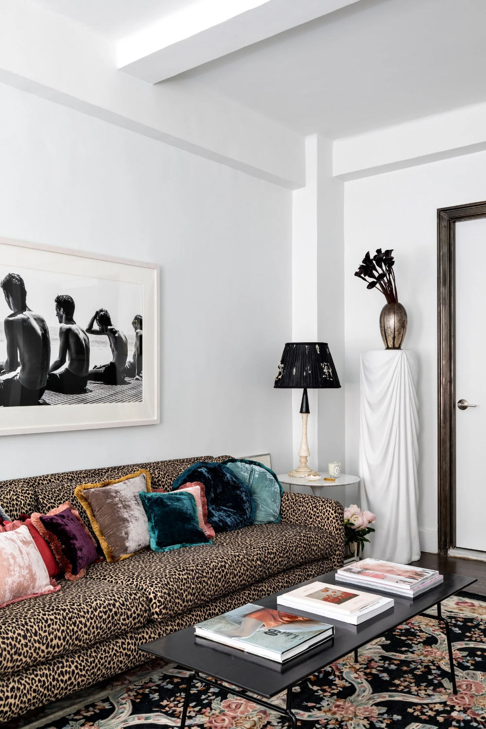 This New York Apartment Packs Major Personality Into 400 Square Feet Apartment Living Room Living Room Decor Living Room Designs