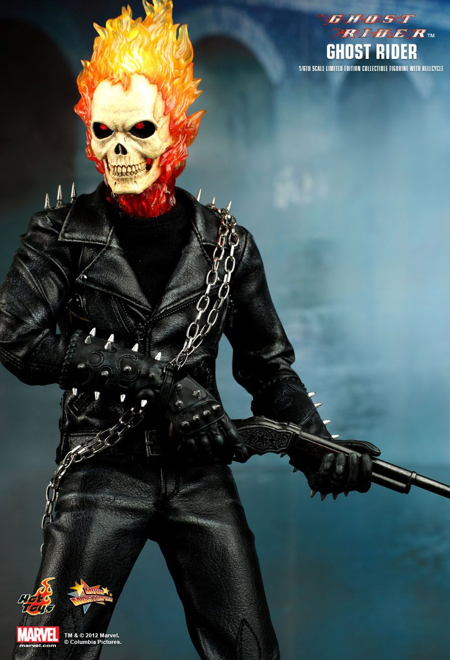Hot Toys : Ghost Rider - Ghost Rider with Hellcycle 1/6th scale Limited Edition Collectible Figurine