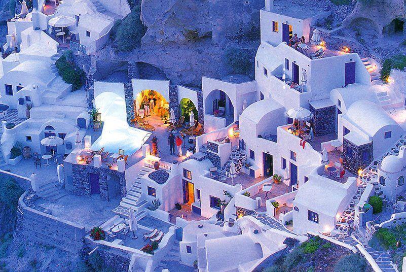 Santorini at night...No tiene mala pinta??