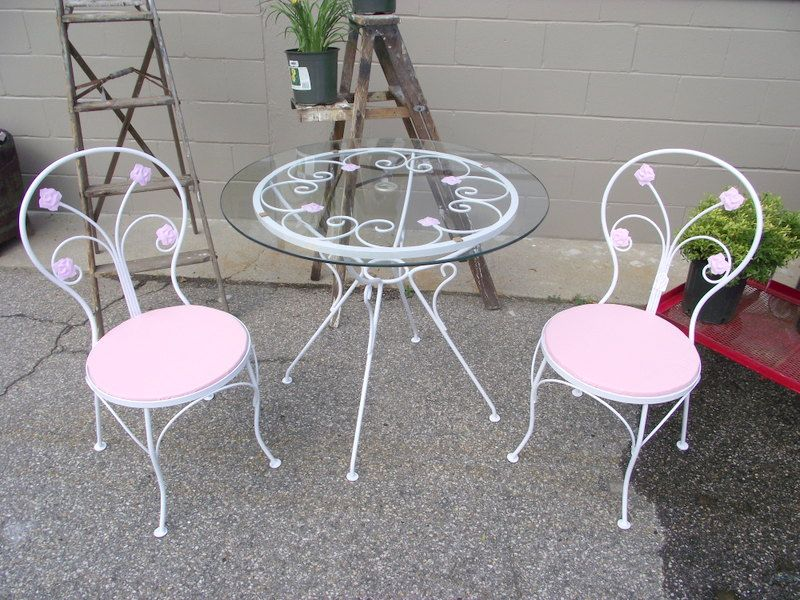 Vintage Shabby Chic Wrought Iron White And Pink Rose Bistro Patio Set  Antiques Week Jpg 800x600