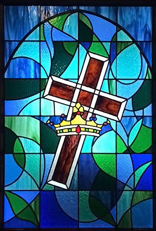 Stained Glass Cross And Crown Church Window Stain Glass Cross Stained Glass Church Stained Glass Rose