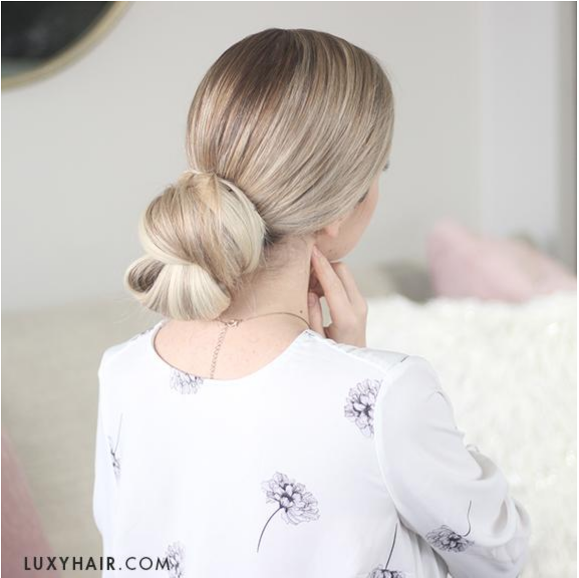 This pulled back and sophisticated bun is perfect for formal evening