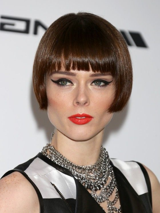 blunt hair style blunt cut with bangs best hair styles 6369