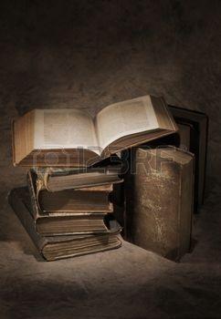 Nature Morte Avec Livre Encore La Vie De Vieux Livres