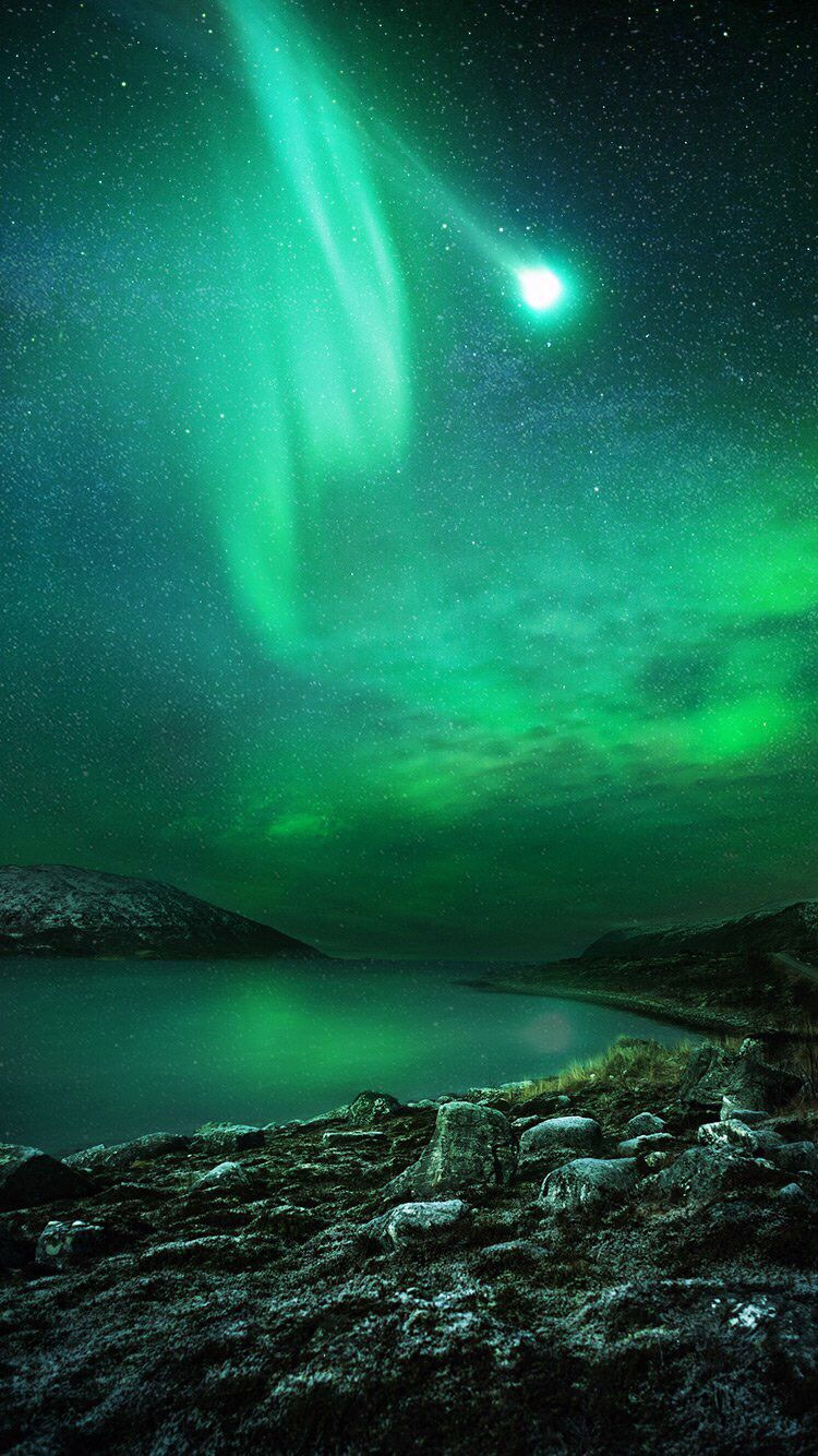 Northern Lights Phone Wallpaper Images Cool Backgrounds Northern Lights