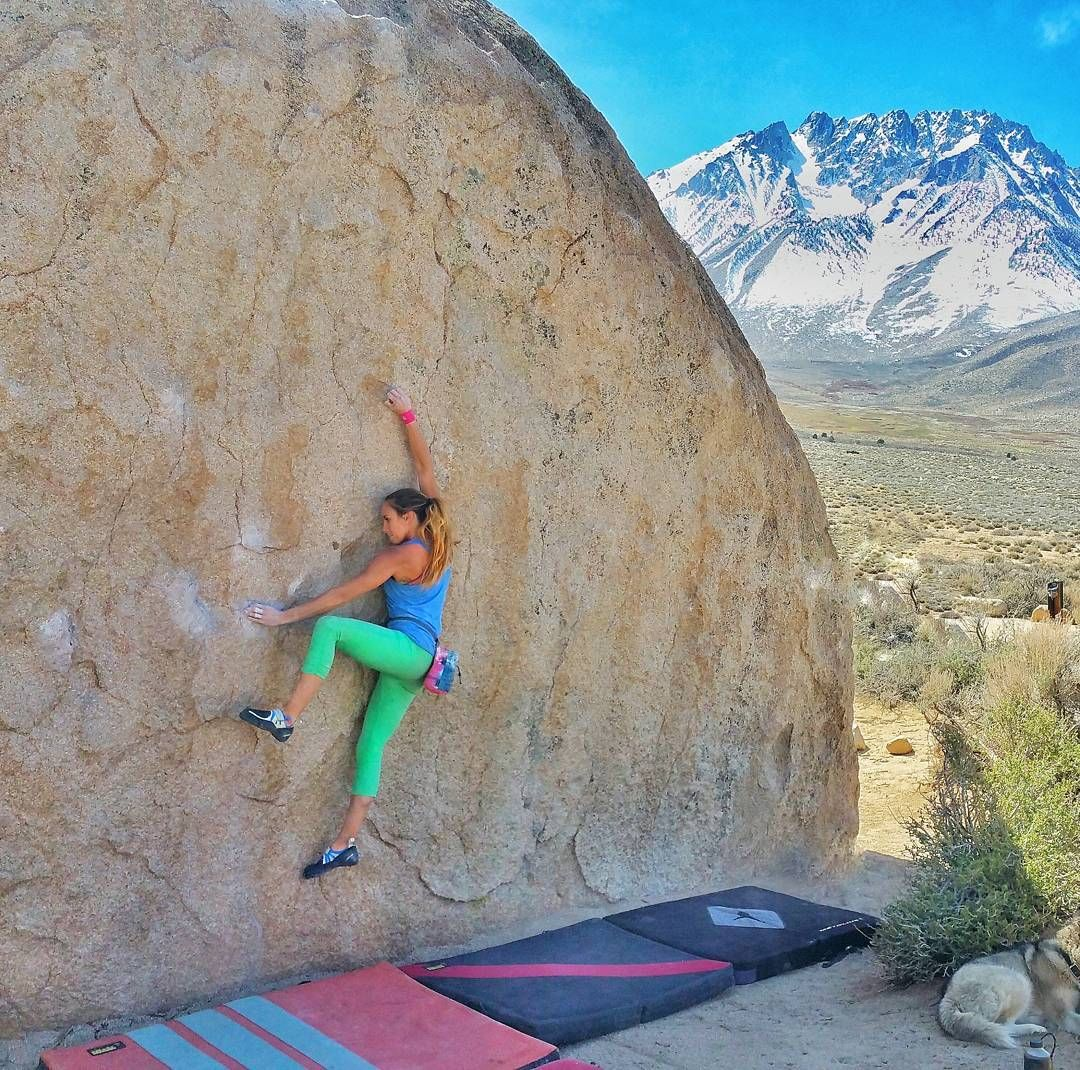 """""""@tammyfaye preparing for that high step on Birthday Direct (V3). #climbing_pictures_of_instagram #climbing #rockclimbing #bouldering #bishopbouldering…"""""""
