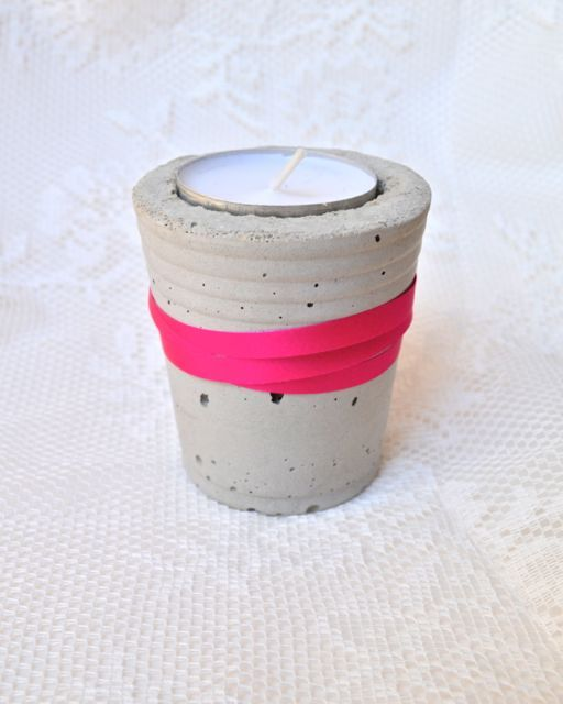 teelichthalter aus beton macetas artesanales pinterest pasta piedra cemento y macetas. Black Bedroom Furniture Sets. Home Design Ideas