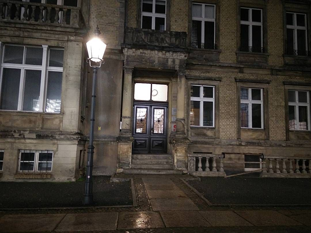 Magischer Ort #Filmkulisse #blainsoutherngallery #magic #oldmovie #Berlin