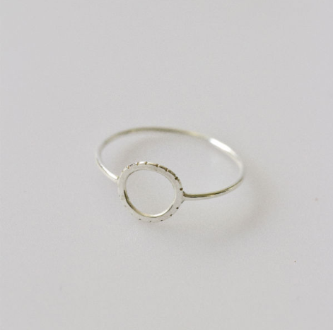 Two Hills notch signet ring silver