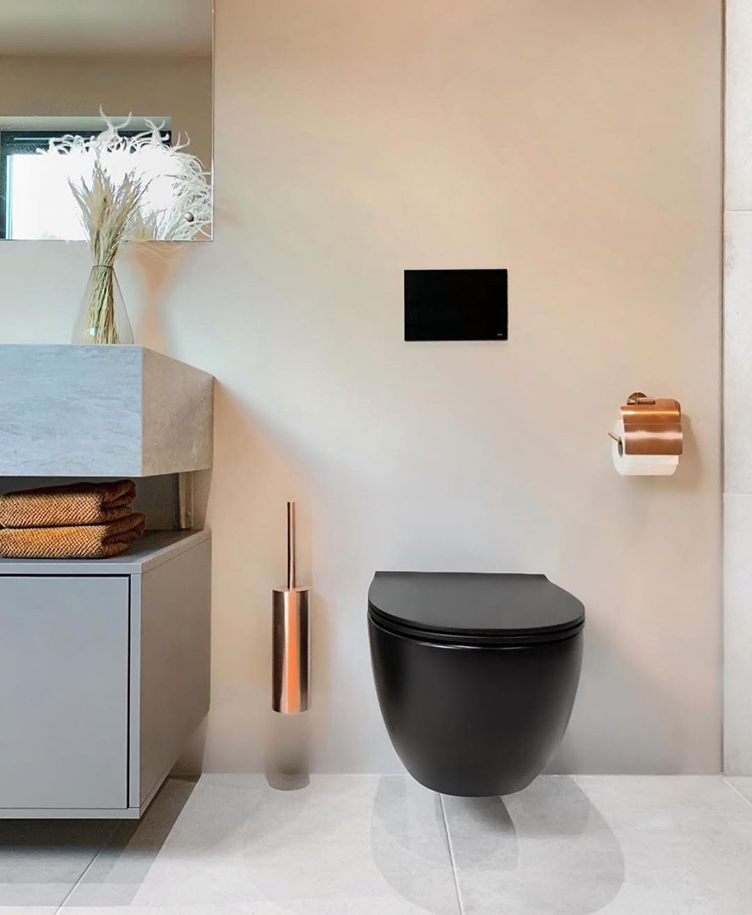 """Photo of INTERIOR DESIGN, HOUSE & HOME on Instagram: """"Credit: @ stine.moi ? Oh so nice details … Black toilet and with beautiful details around it! #bathroom #bathroominspo #bathroom inspiration… """""""